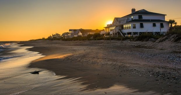 Should You Buy or Rent a Vacation Home?